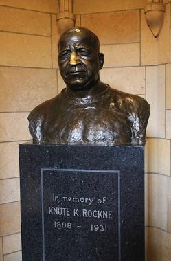 Knut Rockne Statue
